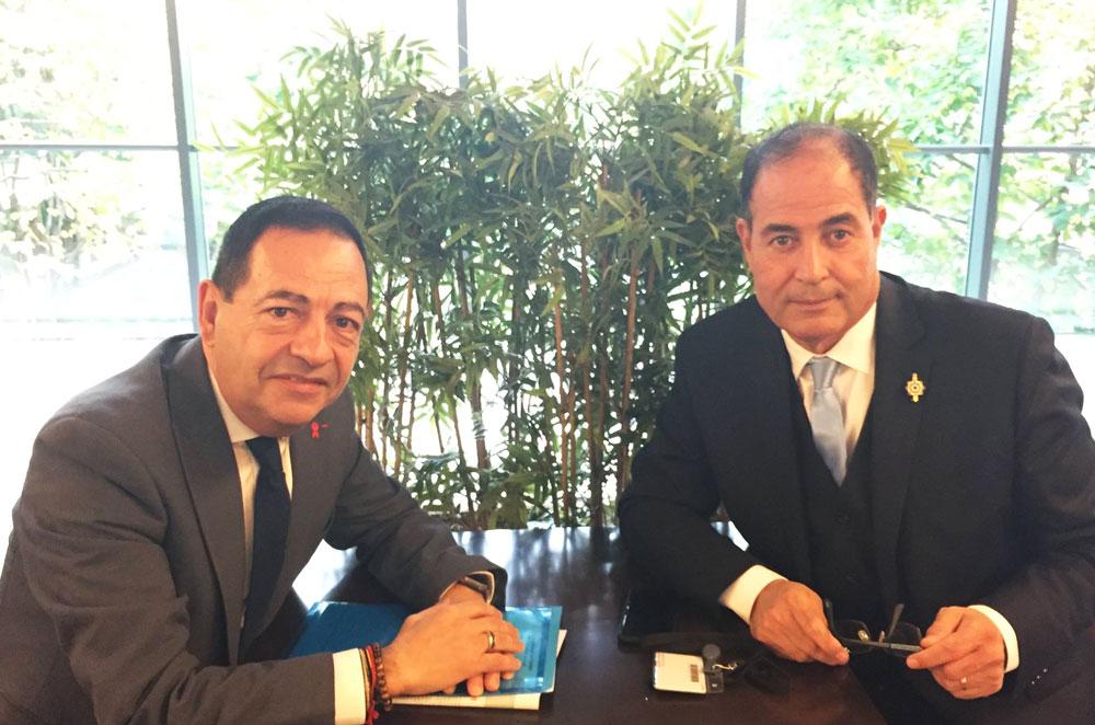 Rencontre De Jean-Luc Romero, Président De L'Association Pour Le Droit De Mourir Dans La Dignité